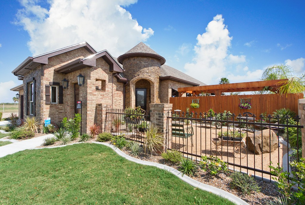 rgv, rgvnewhomes, home builder, real estate, distinguished women in construction, 2019, divine custom homes