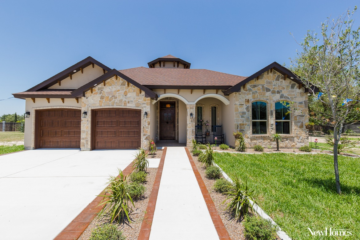 2019 Leading Energy Efficient Builder: Divine Custom Homes