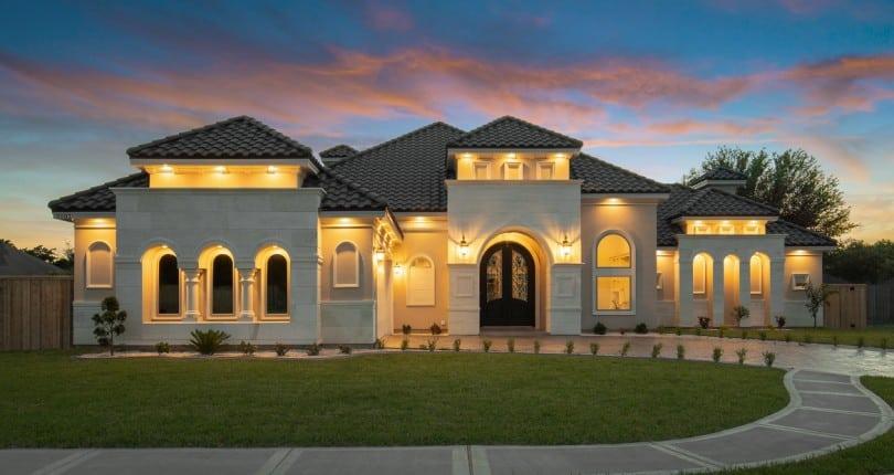 "Villa Homes: The A, B & V's of a ""Best of Show"" Home"