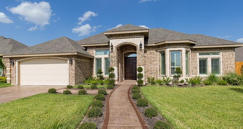 Choosing A Transitional Home Exterior Design Rgv New Homes