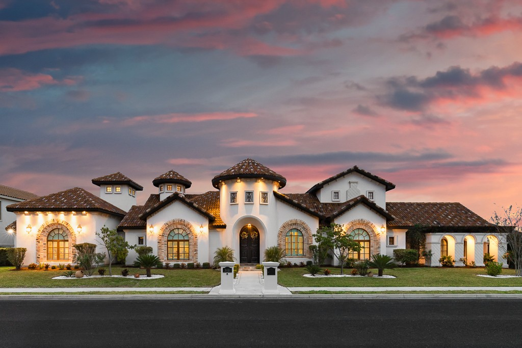 chris ryan homes, rgv, rio grande valley, rgv new homes, rgv builders, distinguished women in construction, 2019
