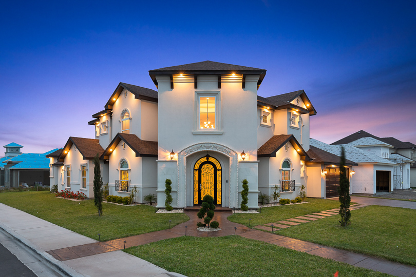 rgv new homes, rgv new homes guide, new homes guide, rgv builder, 2019 building trends, texas homes, south texas, mcallen, edinburg, pharr, mission, rio grande valley, new homes, real estate, buy new, custom builder, parade of homes, rgvba, rich heritage, rich heritage construction, ruben ruiz, rosana ruiz