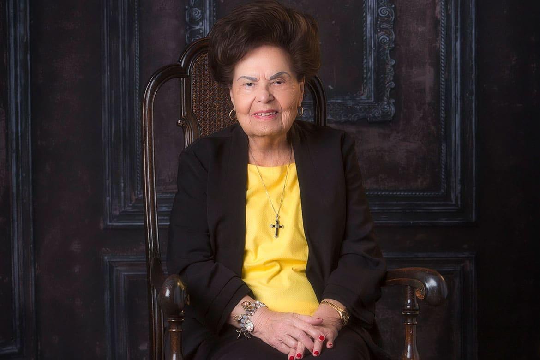 Mrs. Estella G. Lopez Honored by Sierra Title Company